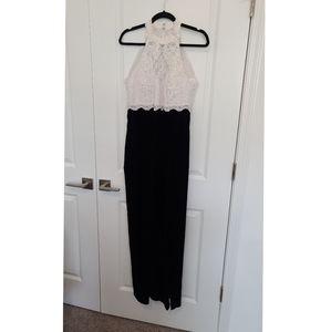 Dave and Johnny Dress Gown Prom Velvet Size 4
